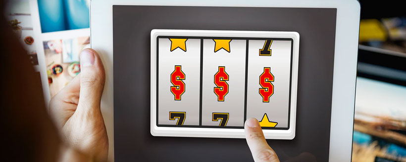Online Casino three dollar sign on screen